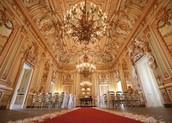 パラッツォ・パリジオ宮殿